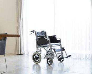 リビングに置かれた車椅子